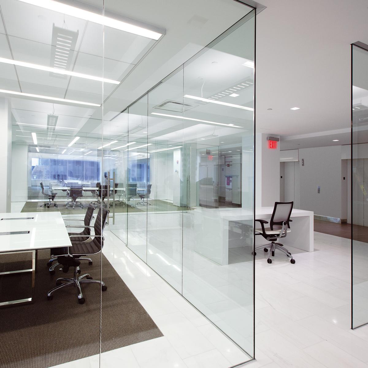 شیشه کرکره ای | شیشه پرینت | شیشه جام بزرگ | شیشه خم ویترینی | دروین گروپ